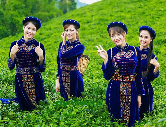 Nước ta có rất nhiều danh nhân văn hóa mê trà.
