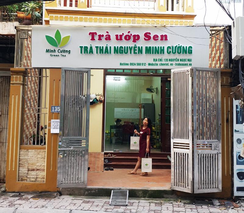 Cửa hàng trà sen Minh Cường tại 135 Nguyễn Ngọc Nại
