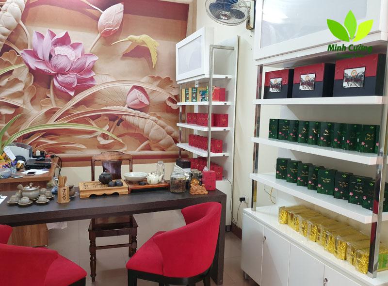 không gian cửa hàng trà Minh Cường